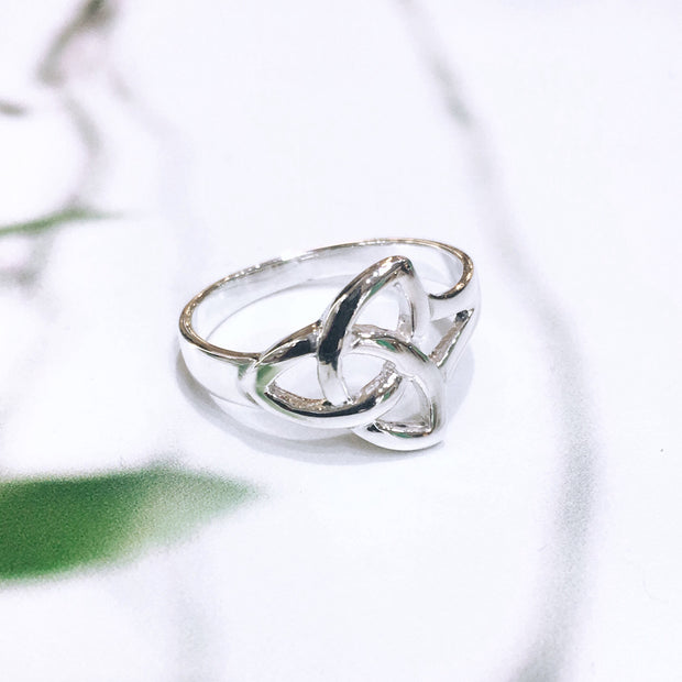 Sterling Silver Trinity Knot Ring