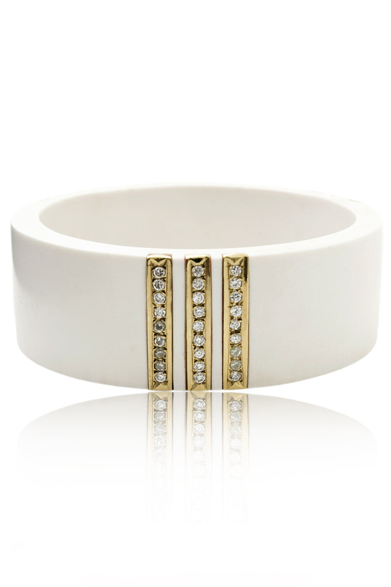 ISHARYA LILLY White Resin Bangle Bracelet