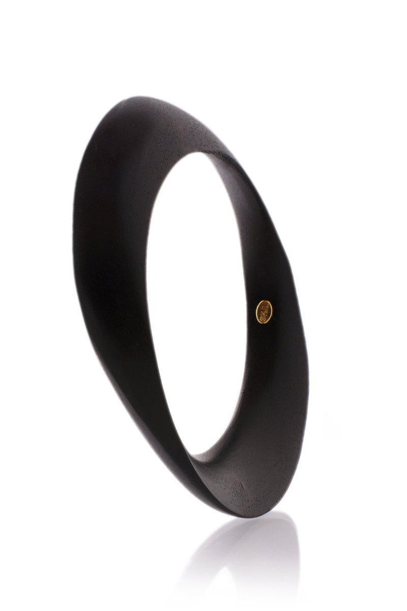 KENNETH JAY LANE BLACK WOOD Bias Cut Bangle