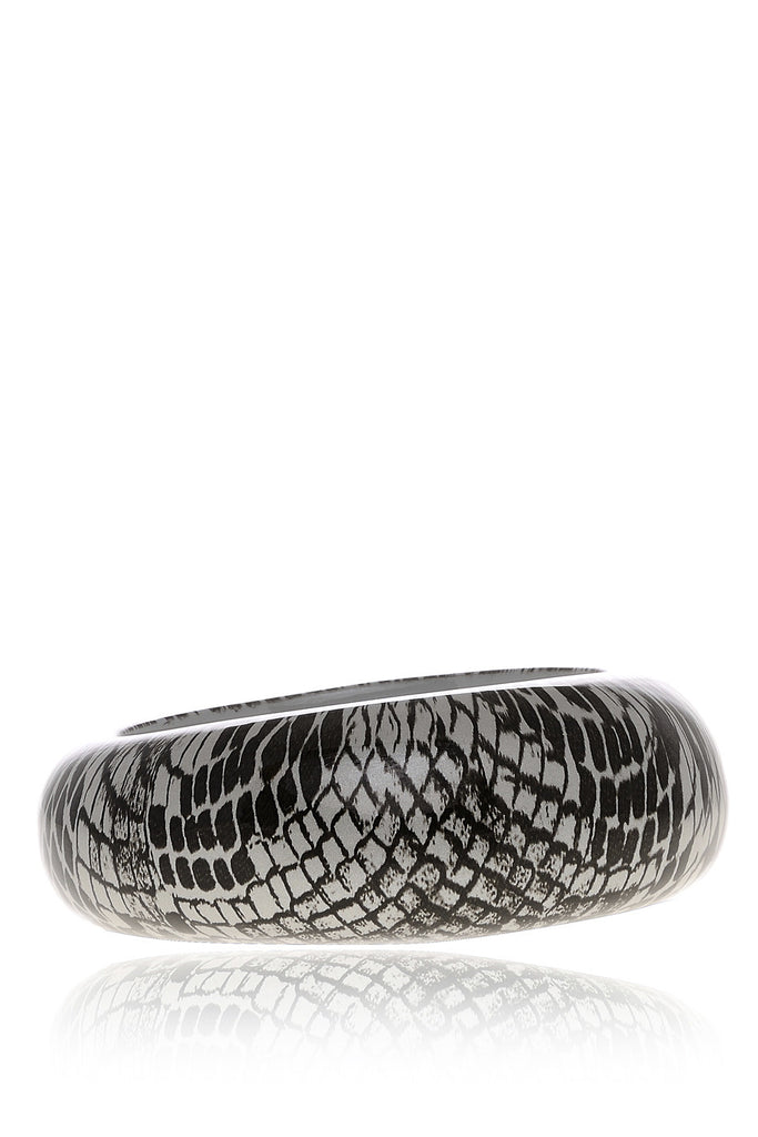 KENNETH JAY LANE SNAKESKIN Silver Resin Bangle