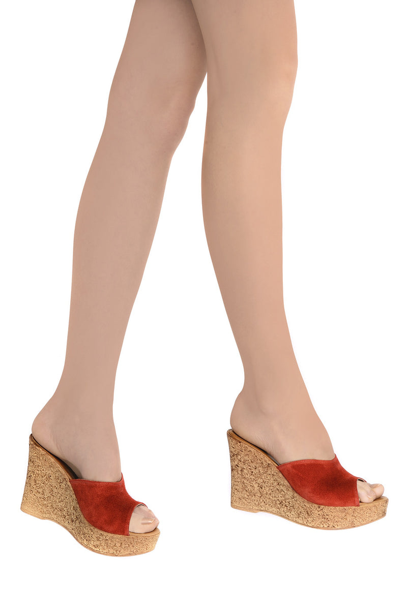CROSTA Coral Leather Wedges