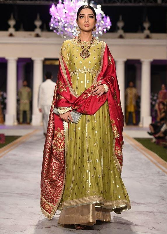 Deepak Off the ramp for Ayesha Khan