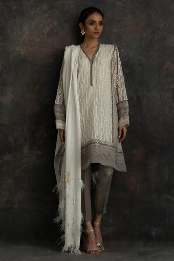 Nida Azwer - Crm-S-15-Grey-Ap
