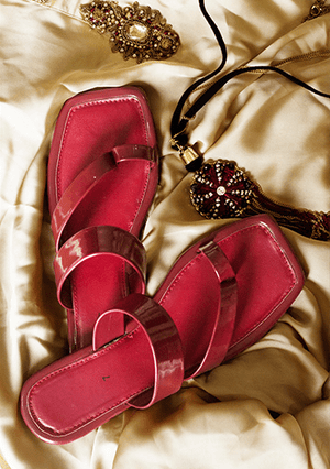 Basic - Maroon Slides - B20-02
