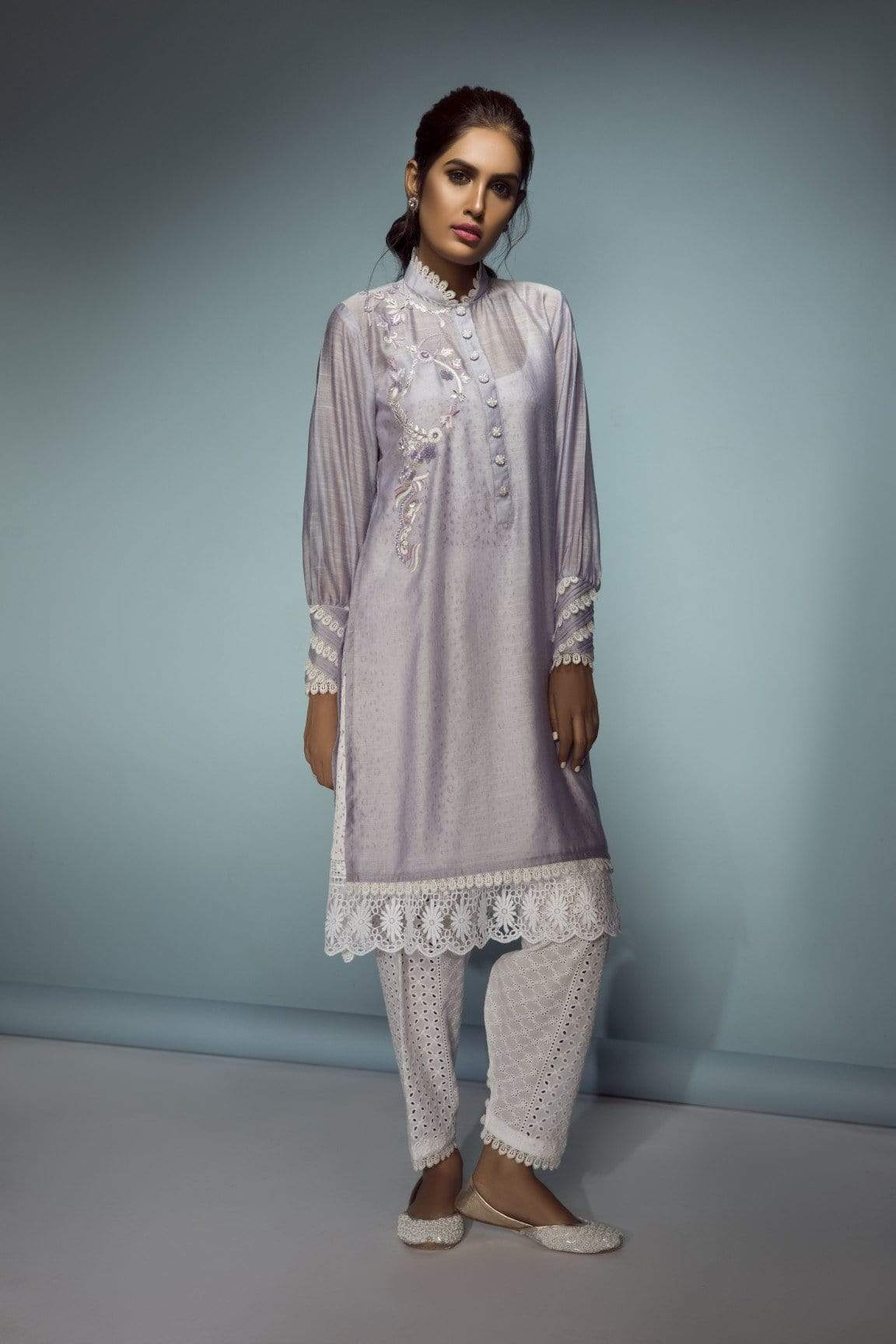 Sanam Chaudhri - Simple Bishop Sleeved Tunic