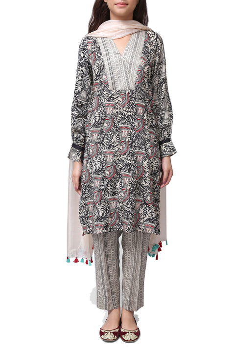 Generation - Off-White Madhubani V Neck Silk Suit