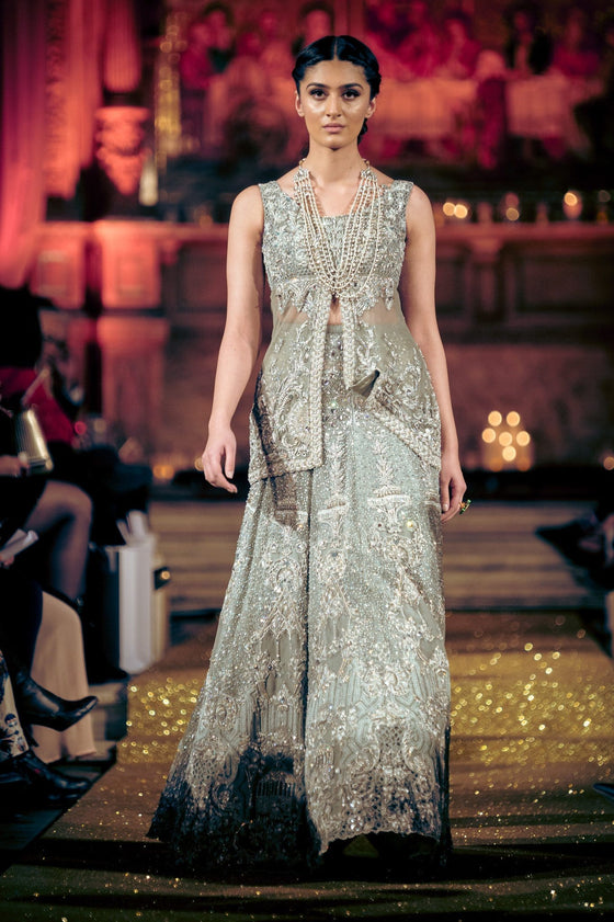 Rani Emaan - Net & Organza Low Waisted Short Gown With Lehnga - The Carolina