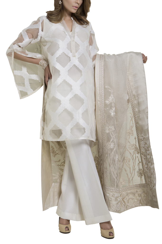 Mahgul - SERENE Heavily Embroidered Organza Jacquard Shirt With Organza Dupatta & Raw Silk Pants