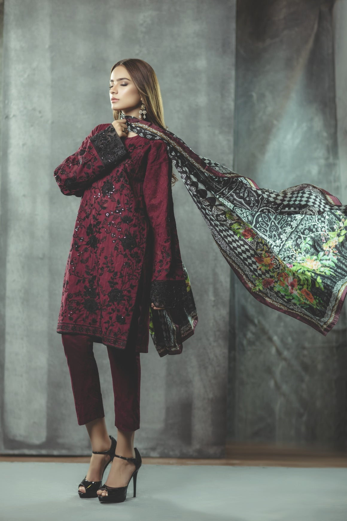 Alkaram Studio - Byzantine Burgundy Jacquard Shirt & Trousers With Silk Dupatta