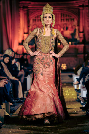 Nilofer Shahid - Deep Rose Pink & Gold Shaded Khimkhab Linning With Inner Gown