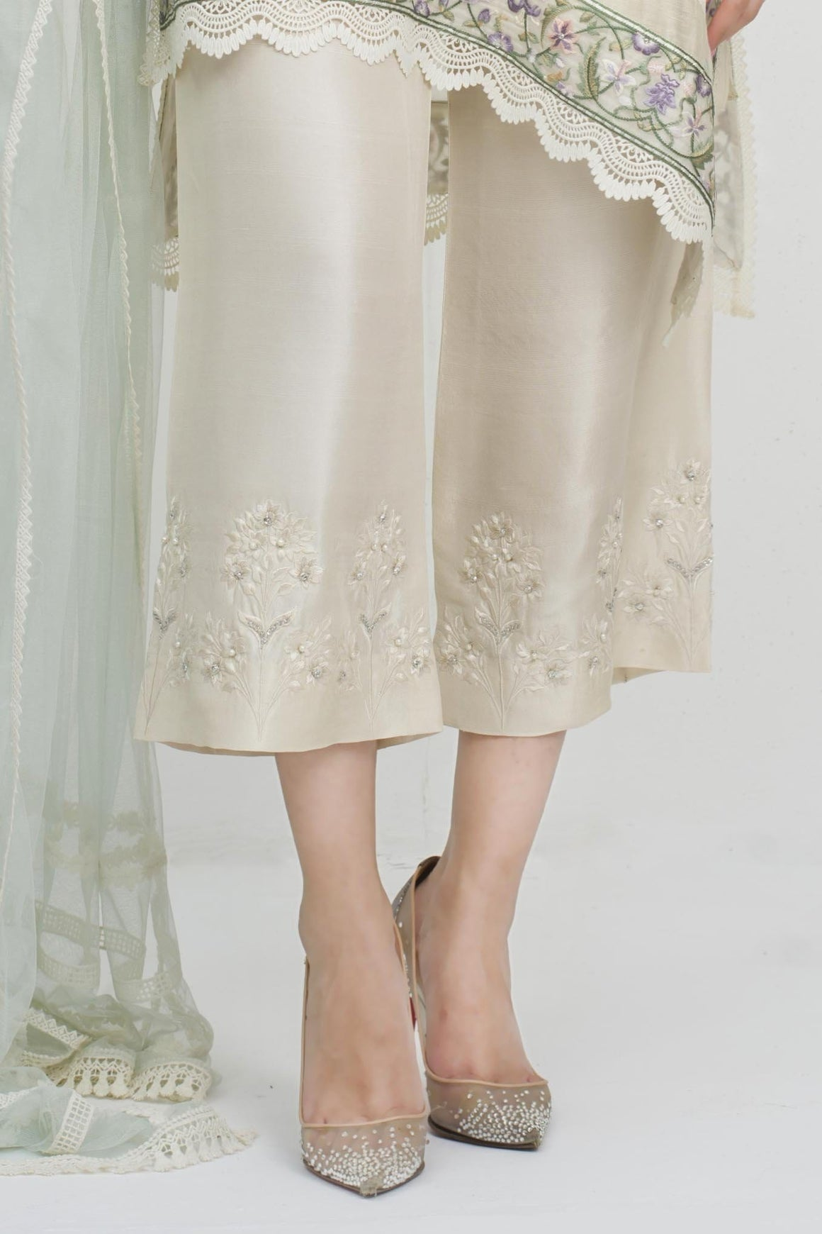 Sania Maskatiya - Floral Embroidered Raw Silk Ezar