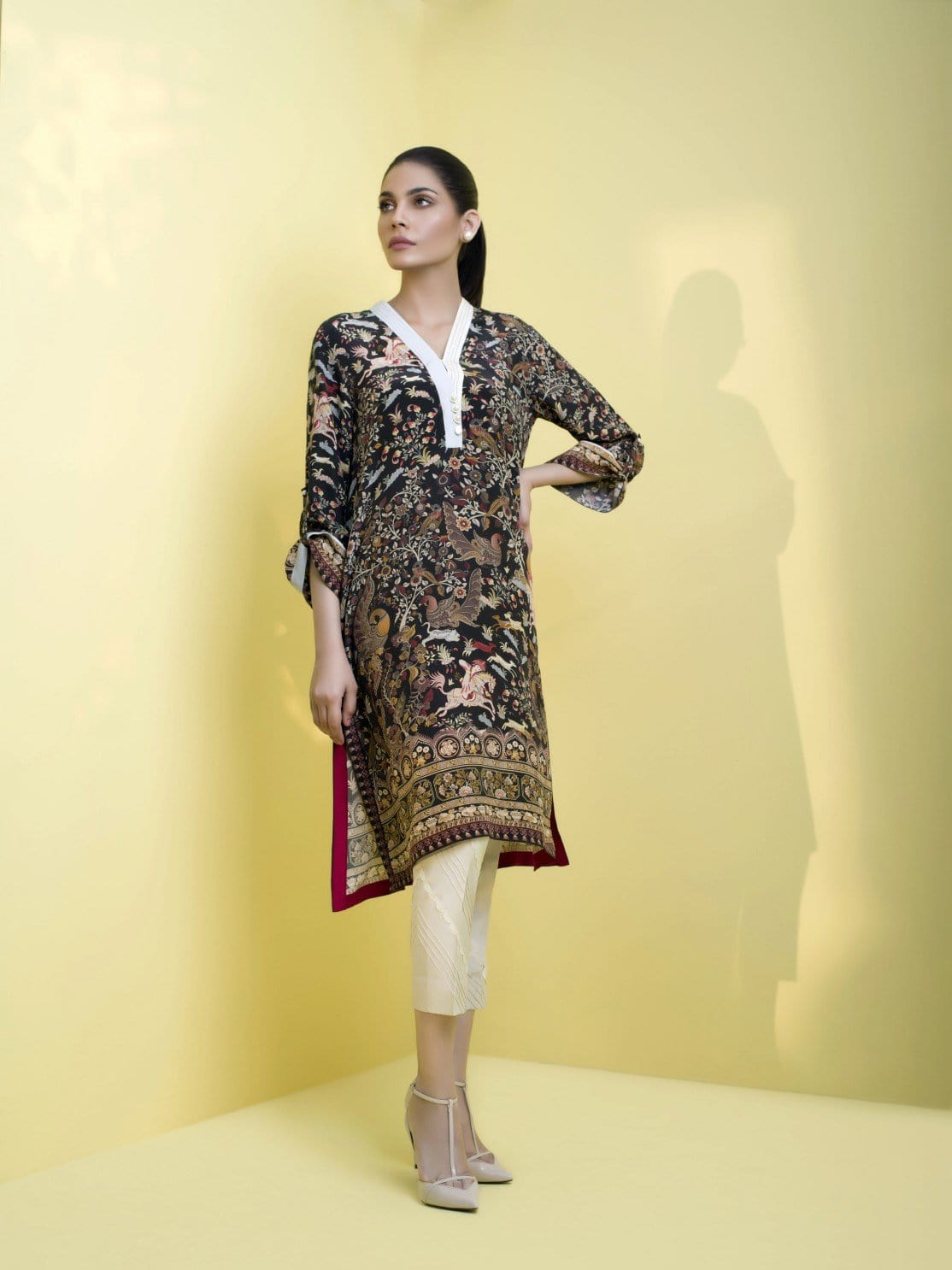 Sania Maskatiya - Raw Silk Pant With Detailing