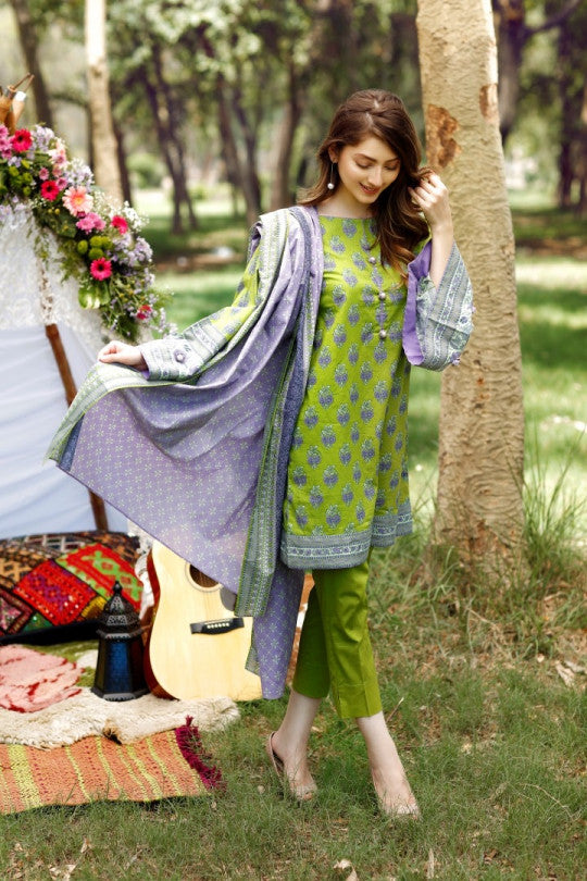 Alkaram Studio - Green 2 Piece Cambric Printed Suit Clearance Sale