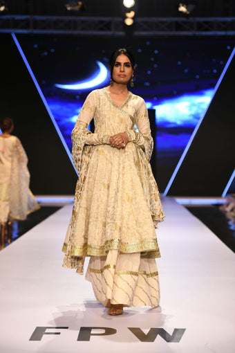 Pinktree - Dhaka Dreams - OFF THE RUNWAY
