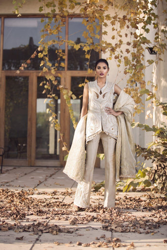 Saleha Kashif - Ivory Sleeveless Jacket with Trousers
