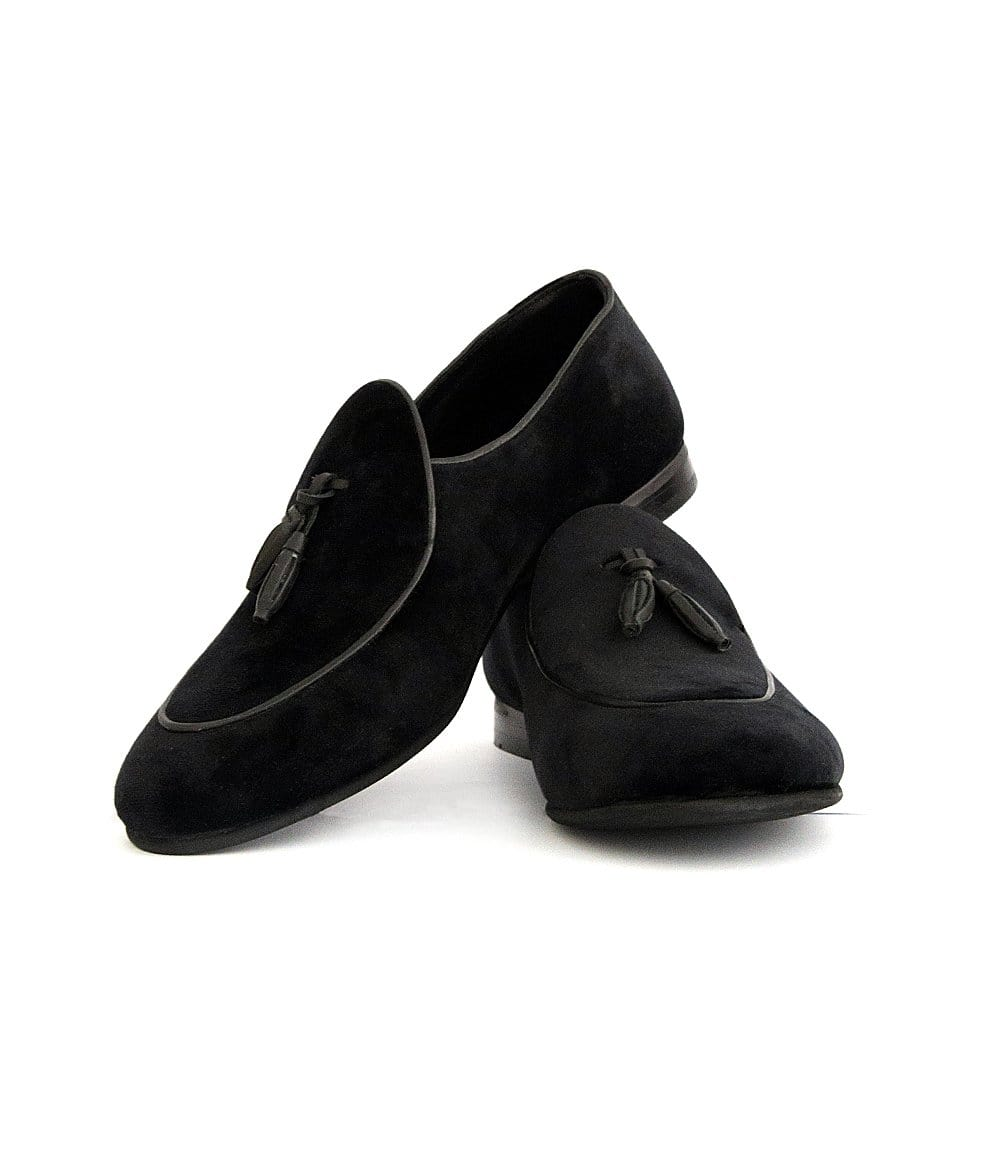 Mochi Cordwainers - Black Tudors Slipon