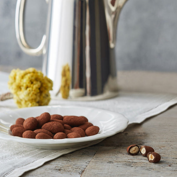 Chocolate dusted almonds - 100g