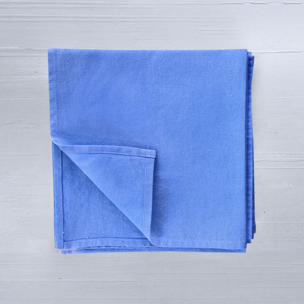 Linen napkins in azur colour