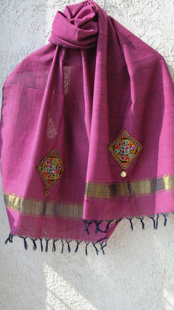 Woolen Raspberry Pink Kutch Embroidery Stole