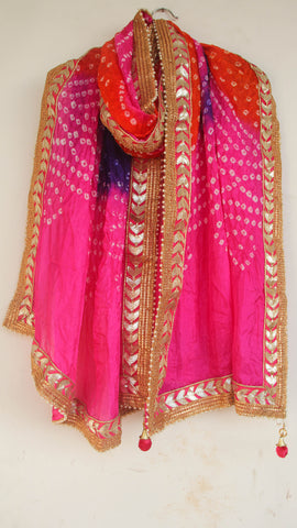 Handcrafted Bandhani Magenta and Orange Dupatta with Magenta  Gotapatti Border