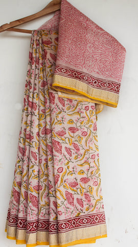 Block-Printed Maheshwari Silk Pink and Off-white Saree(with Blouse)