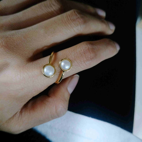 Round Natural Pearl Gold Bezel Wrap Ring