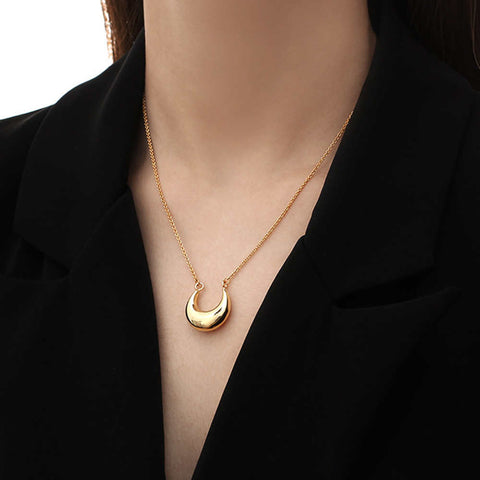 "16"" Gold Plated Brass U-shaped Pendant Crescent Necklace"