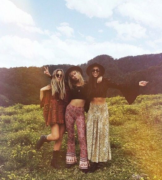 Boho VS Hippie ~ what's the diff?