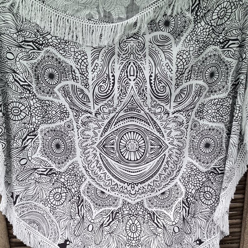 Hamsa Round Throw With Tassels-Pure People