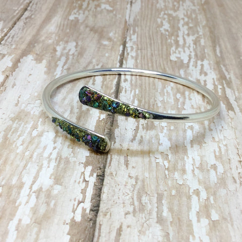 Crushed Raw Peacock Ore Stone Bangle Cuff Bracelet Silver Plated - Bracelets -Glam Geek