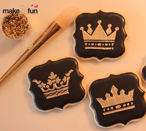 Cookie decorating with Gold dust and Piping Gel (Video)