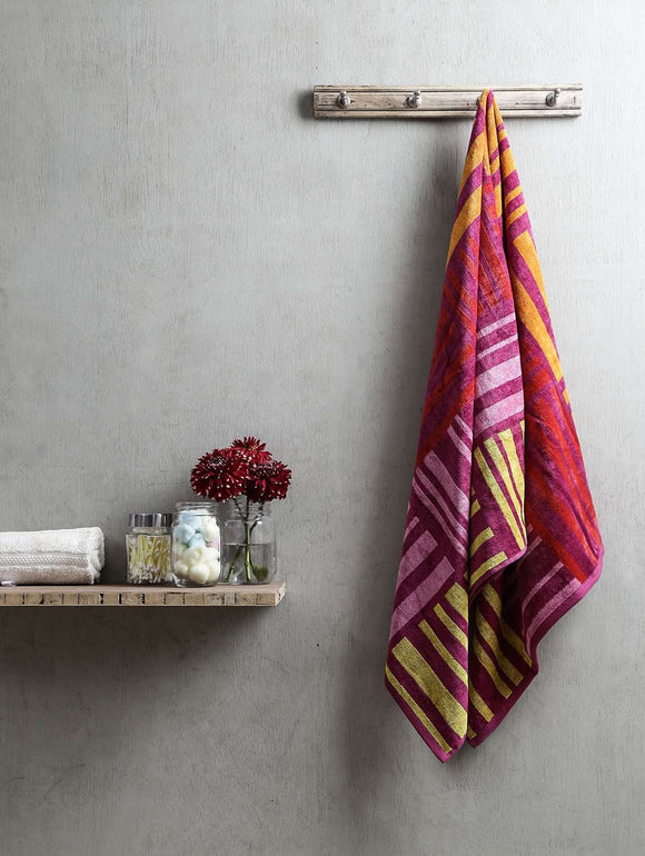 Turkish Bath Broken Check Bath Towel:Pink - SWHF
