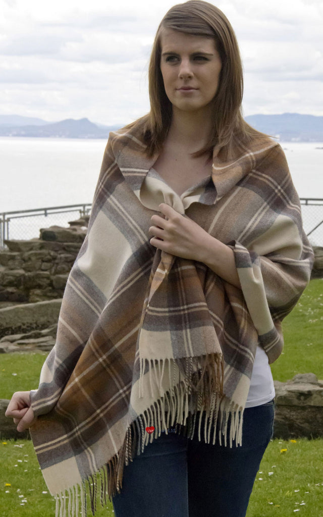 Edinburgh Lambswool Stole in Stewart Natural Dress Tartan