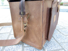 Ladies Classic Leather Handbag Brown - Contrast