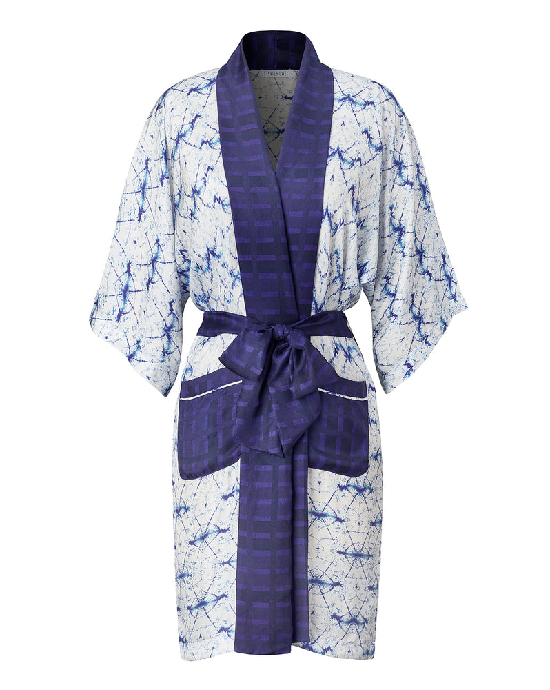 Silk Wavelengths Border Robe