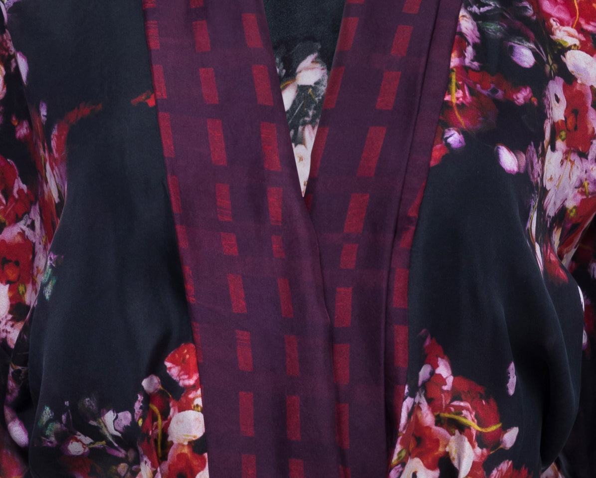 Silk Ranunculus Border Robe