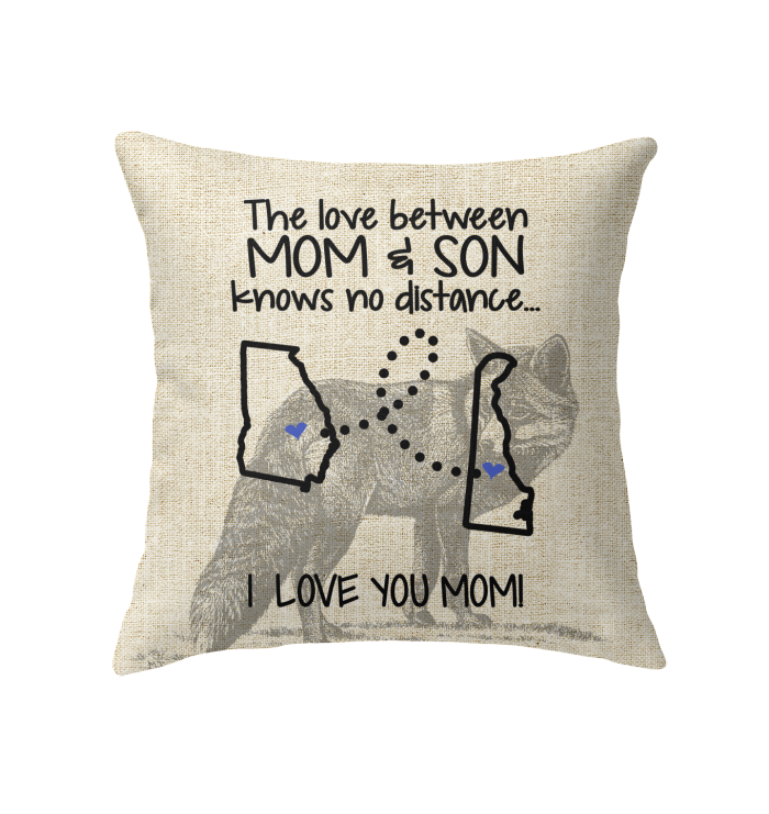Delaware Georgia The Love Between Mom And Son Pillow