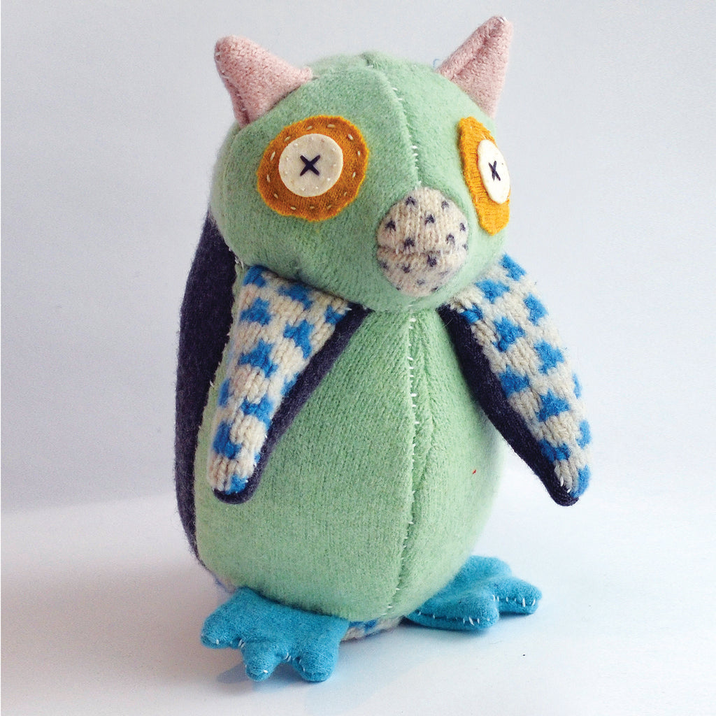 Hoo's The Maker Owl Stuffed Animal Kit - The Lake and Company