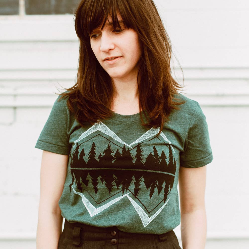 Crater Lake Women's Tee - The Lake and Company