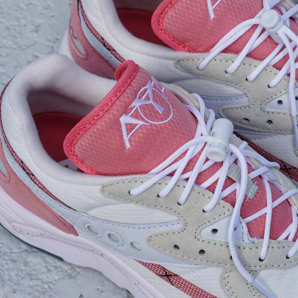 "Saucony AYA ""Peaches & Cream"""