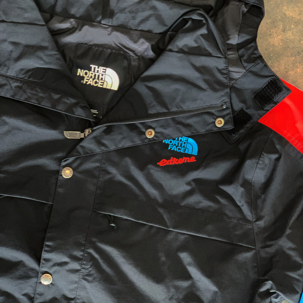 The North Face  90's Extreme Rain Jacket