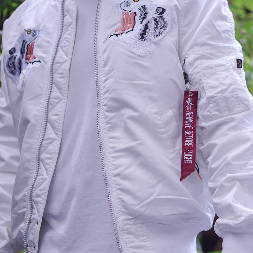 "Alpha Industries ""MA-1 Souvenir Tiger"" Reversible"