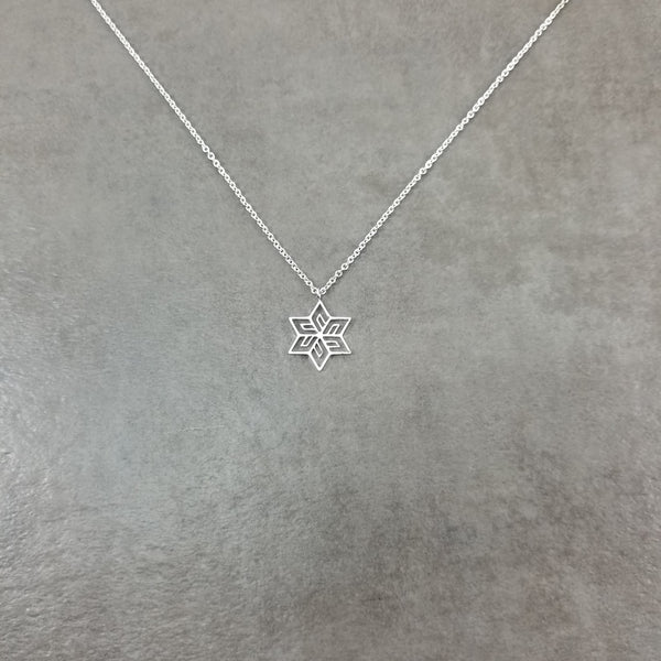 Flower Star Silver Necklace