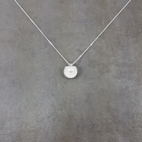 Seashell Pearl Silver Necklace