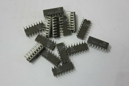14 Signetics 10105F IC 16 Pin CDIP
