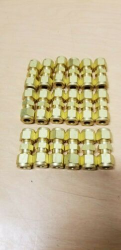 "18 New Swagelok Brass Straight Union Fittings 5/16"" Tube x 5/16"" Tube B-500-6"