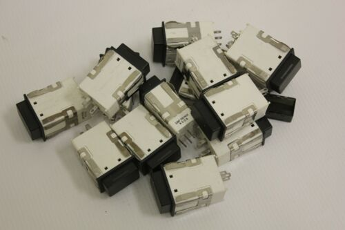 Lot of 14 MICRO Switch AML 41 Series Plug in switch indicators Lamp 28V Max