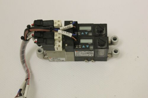 2 SMC ZSE3-0X-21CN ZX1071-Q15MO Vacuum Switch