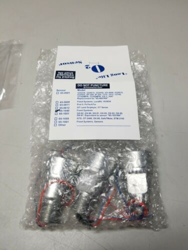 (3) New Thermo Scientific O2 Sensors 65-1040 assembly