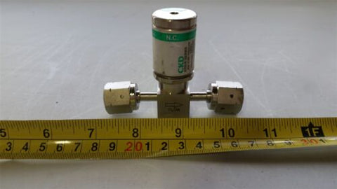 CKD HI PURITY STAINLESS STEEL DIAPHRAGM VALVE WITH ACTUATOR AGD01R-X0004